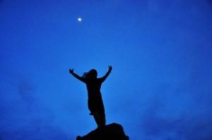 月に手放し創造する
